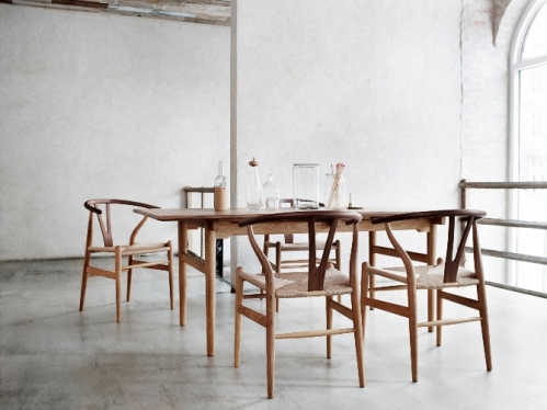Iconic-Wegner-chairs-feature-new-wood-combination