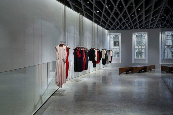 150104 shop design_La-nueva-y-primera-tienda-de-V_54415399658_54028874188_960_639